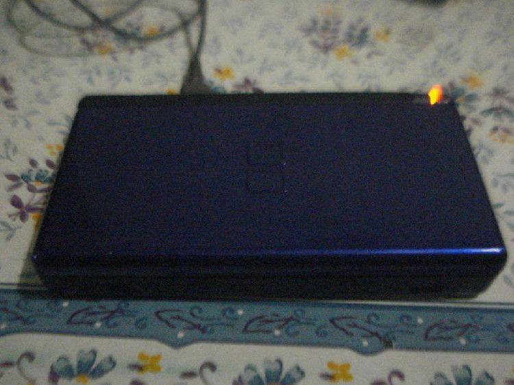 Consola Nintendo Ds Lite Usg-001 C/cargador Funciona Leer