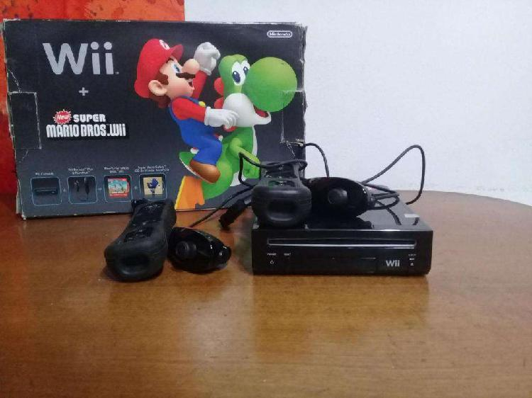 Nintendo Wii Super Mario Bros 2 Wii Remote 2 Nunchuk