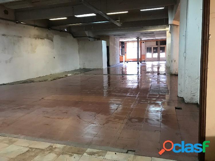 LOCAL en alquiler Alvarado y Mitre 70 m2