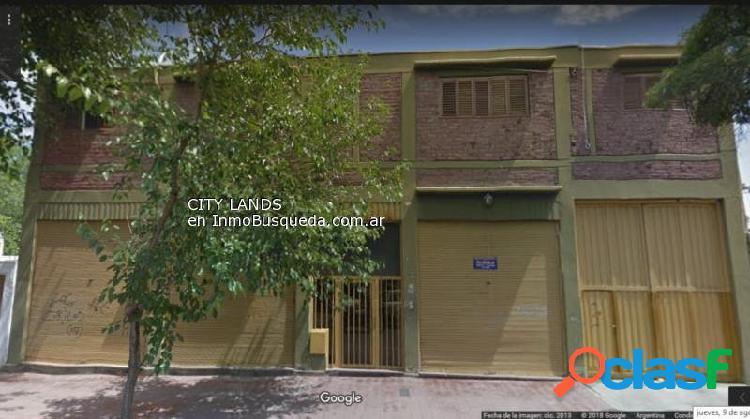 Local comercial en Alquiler ubicado en calle Santa Fe 477,