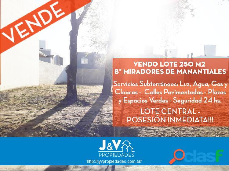 VENDO LOTE CENTRICO 250 M2. MIRADORES DE MANANTIALES I. C/