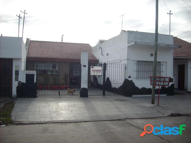 Venta Casa - Chalet 3 Ambientes LANZILOTA Y JUAN B JUSTO Mar