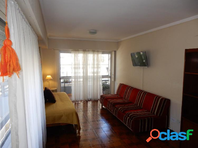 Verano 2020 | 2 AMB. A LA CALLE CON SMART TV, CABLE, WI-FI,