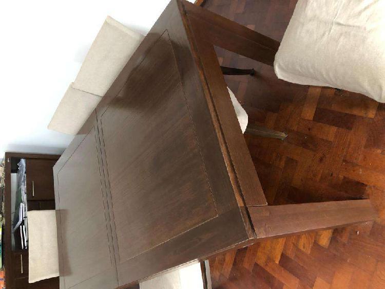 Vendo mesa de madera en excelente estado con seis sillas en