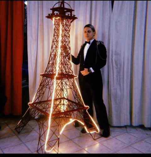 Alquiler De Torre Eiffel Con O Sin Luz Para Eventos