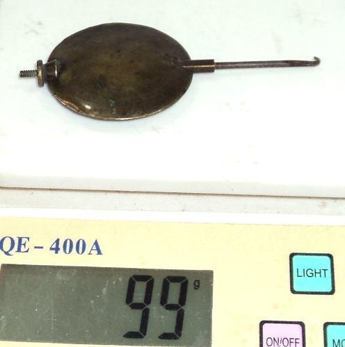 Antiguo Pendulo De Bronce Para Reloj De Mesa 99 Gr Diam 5 Cm