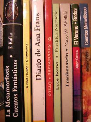 Compro libros a domicilio 45510132 estamos en