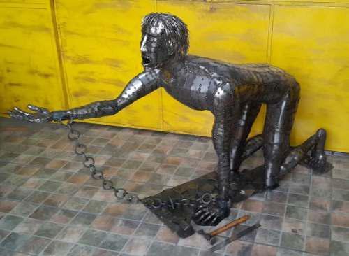 Escultura Arte En Metal Y Hierro
