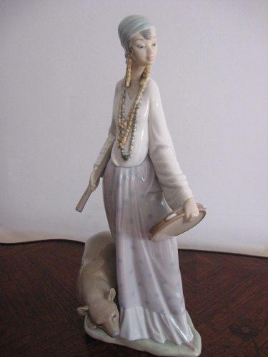 Lladró - Gitana Caminante - Figura En Porcelana