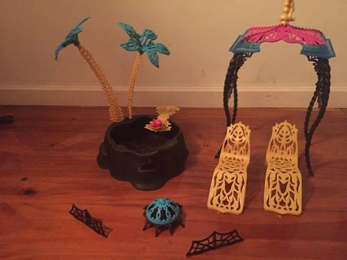 Monster High Accesorios Reposera Pileta