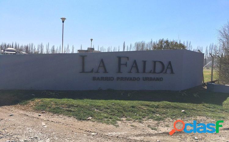 Inmejorable Lote en Barrio Privado La Falda Cipolletti