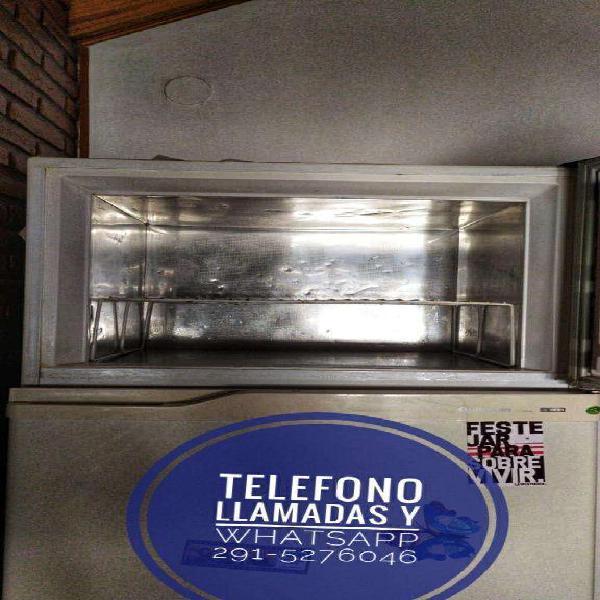 Heladera con Freezer Columbia Tropical