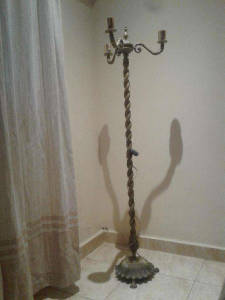 lampara de pie de bronce 1.47 mts