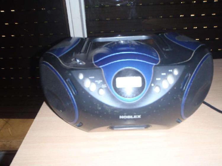 reproductor de CD con radio AM/FM, usado, en excelente