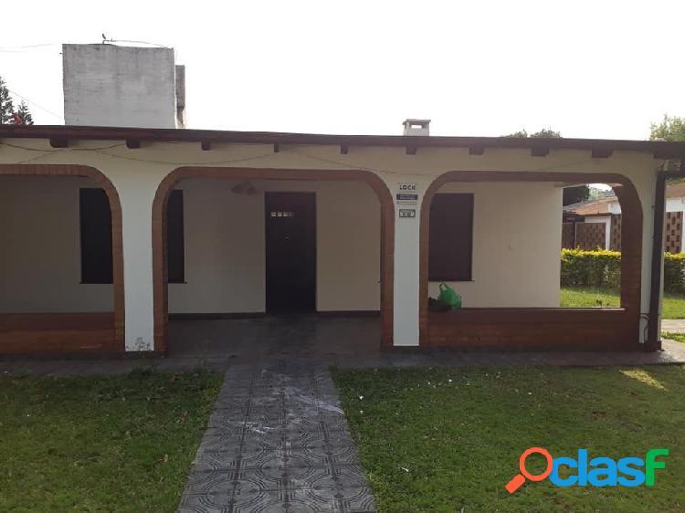 Casa 2 dormitorios con pileta