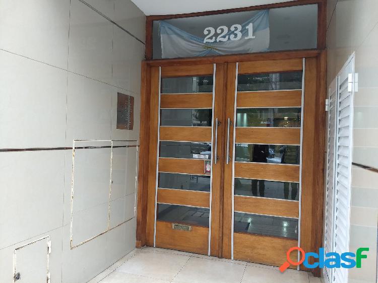 Venta departamento 2 ambientes con dependencia y Balcon en