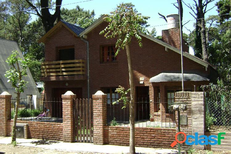 Alquiler casa 4 ambientes en Bosque Peralta Ramos
