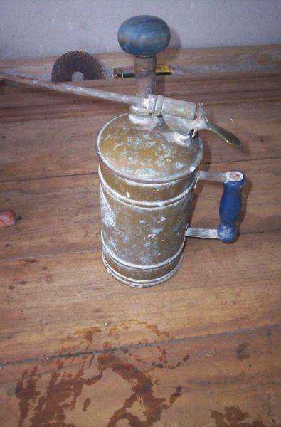 Antiguo fumigador de cobre completo. para uso o decoracion
