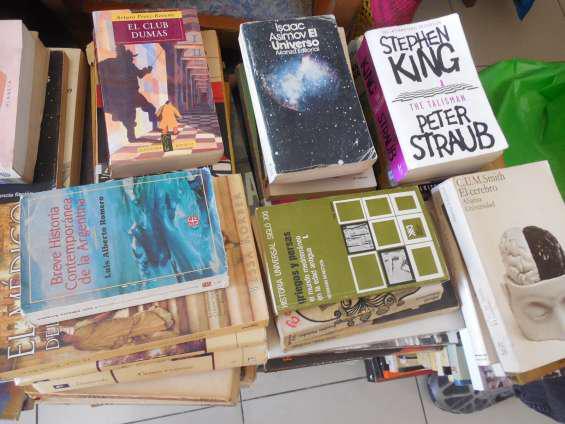 Compro libros usados a domicilio whatsapp 1558805897 fijo