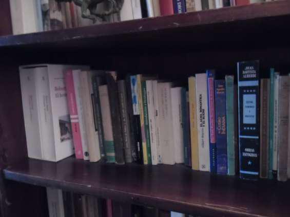 Compro libros usados consultas 45510132 whatsapp 1558805897