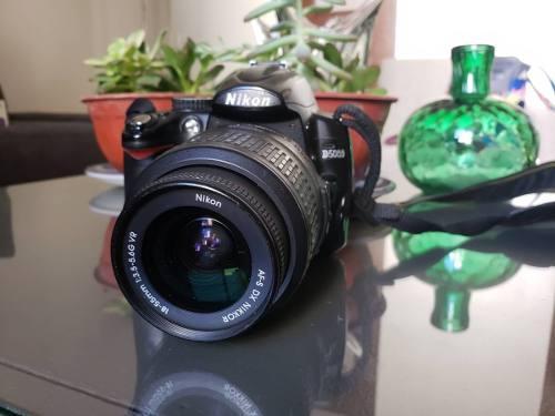 Vendo O Permuto Cámara Nikon D5000 Con Lente 18- 55