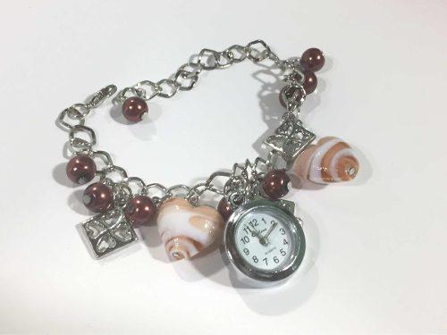 Reloj Pulsera De Mujer Con Dijes Color Marrón Día De