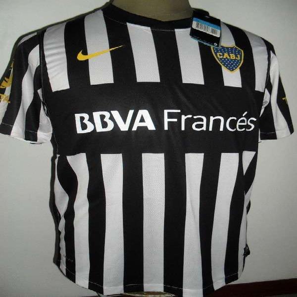 Liquido lote de camisetas de futbol en Almagro