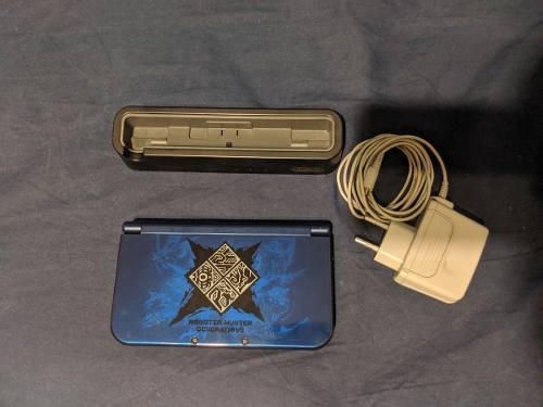 Nintendo New 3ds Xl Monster Hunter Gen C/ Dock Y Portajuegos