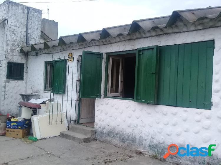 Venta de Casa de 3 amb. Z/Saavedra y Bahia Blanca-Mar del