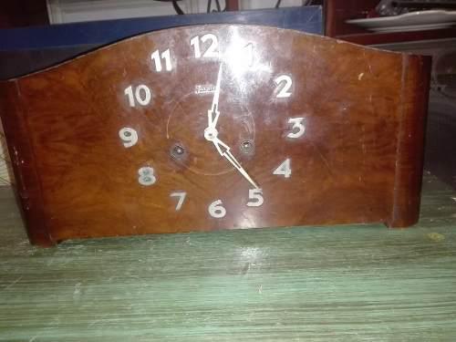Antiguo Reloj De Mesa Art Deco Junghans.