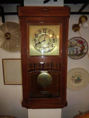 Antiguo Reloj De Pared Junghans Wurttemberg Alemán Ver