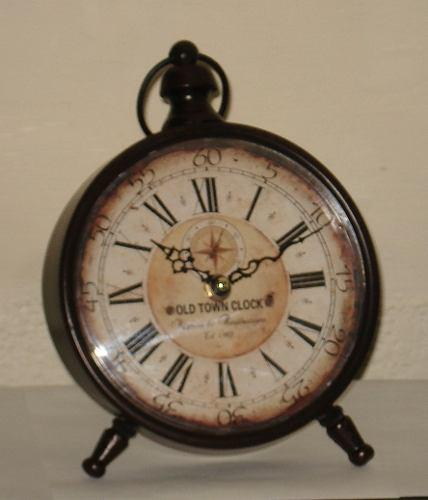 Reloj De Mesa Simil Antiguo En Metal