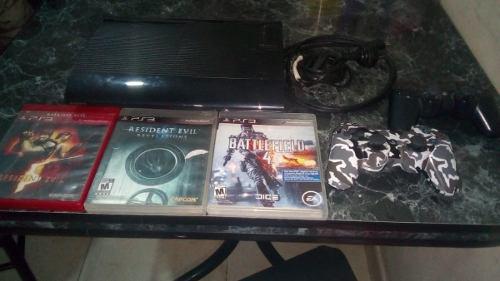 Playstation 3 Con 7 Juegos (los 2 Joystics Andan Mal)