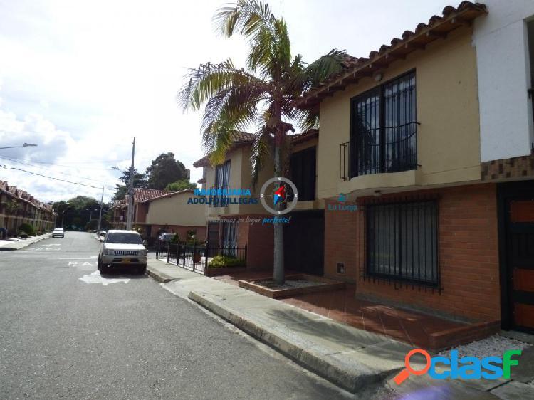 Casa para venta en Rionegro 2820