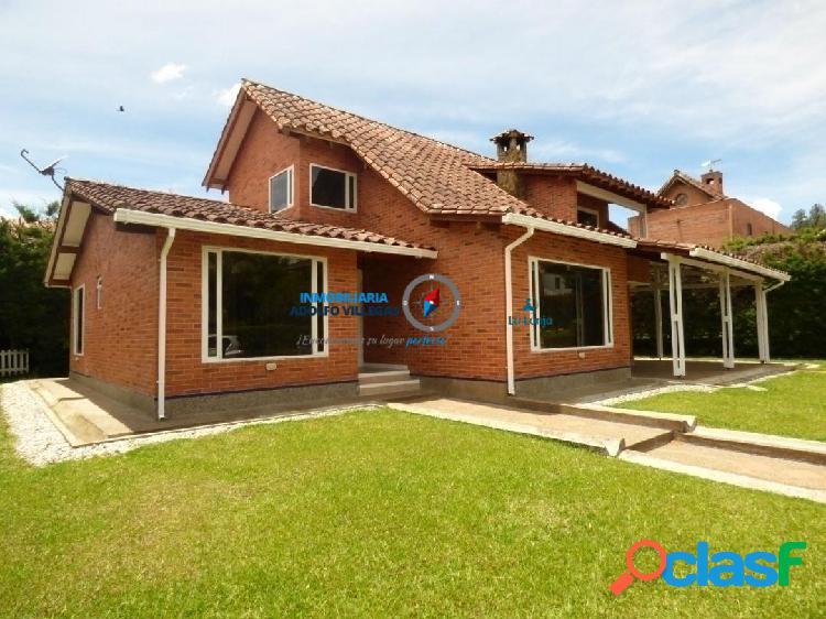 Casa para venta en el Retiro 2711