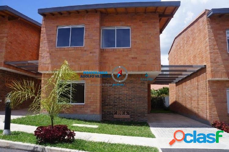 Casa para venta en el Retiro 2733