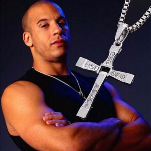Dije Crucifijo Articulado Con Cadena De Rápido Y Furioso