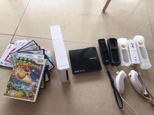 Wii Con Accesorios, 10 Juegos Y Alfombra De Baile