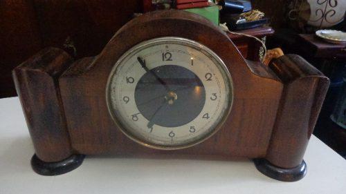 Antiguo Reloj Art Decó De Mesa Modificado A Pilas