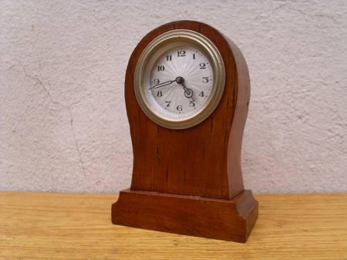 Pequeño Reloj Antiguo A Cuerda Dial Texturado.funcionando