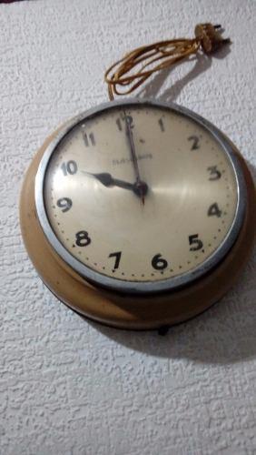 Reloj De Pared Antiguo.origen Aleman En Santos Lugares 3def