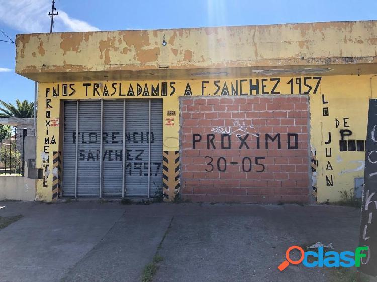 VENTA 2 LOCALES COMERCIALES MAS LOSA PARA