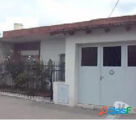 VENTA DE CASA 2 DORMITORIOS VENEZUELA 1227 BAHIA BLANCA.