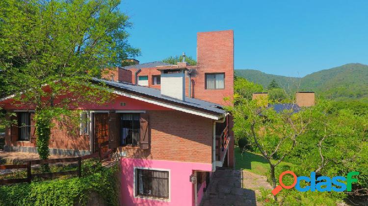 Amplia casa en venta en Villa General Belgrano