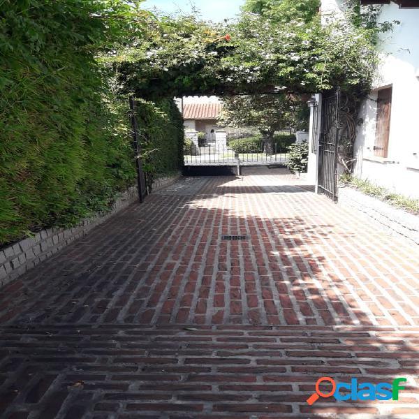 VENTA | CHALET 5 AMBIENTES | LOS TRONCOS