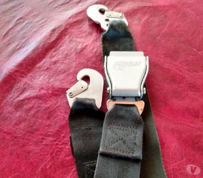 Vendo cinturones de seguridad