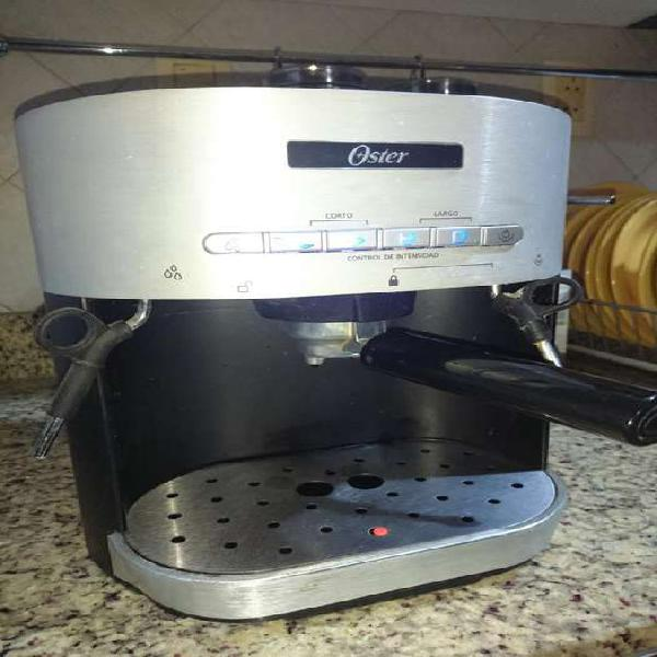 Cafetera Expresso Oster
