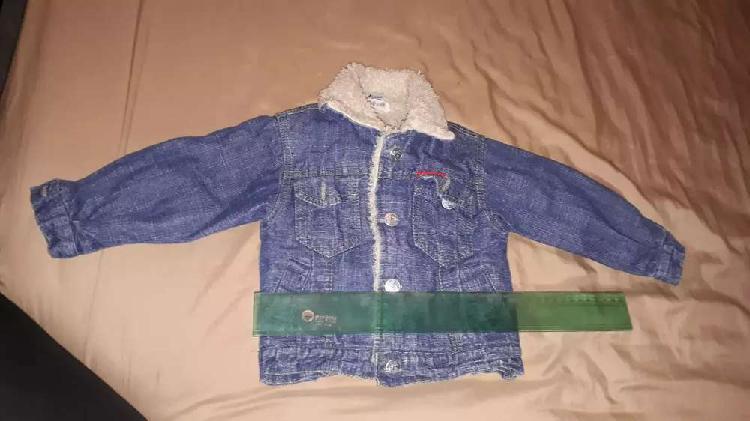 Camperita de jean con corderito. Talle 1 bebé.