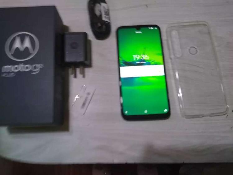 Motorola g8 plus libre de fabrica en caja completo con todos