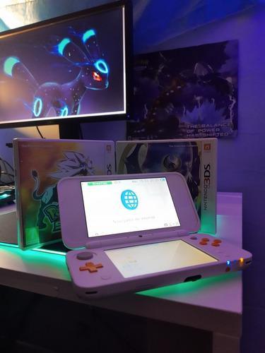 New Nintendo 2ds Xl Blanco/naranja + Pokémon Sol Y Luna